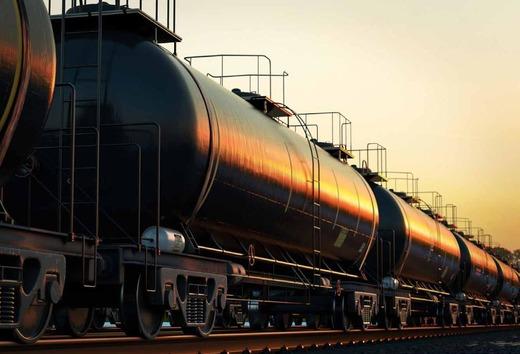 «Роснефть» и «Лукойл» начали процедуру получения разрешений на экспорт нефтепродуктов в Украину